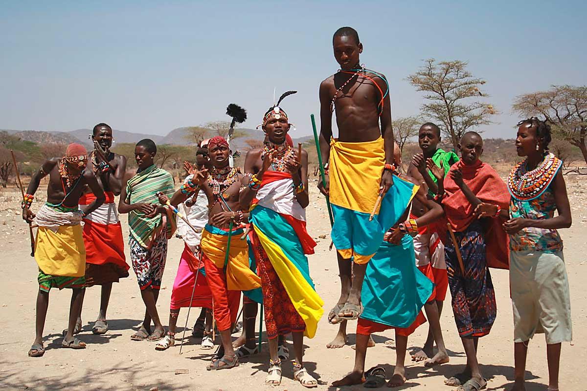 Танец племени самбуру