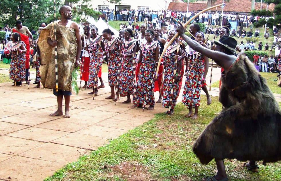 Танцы Кения