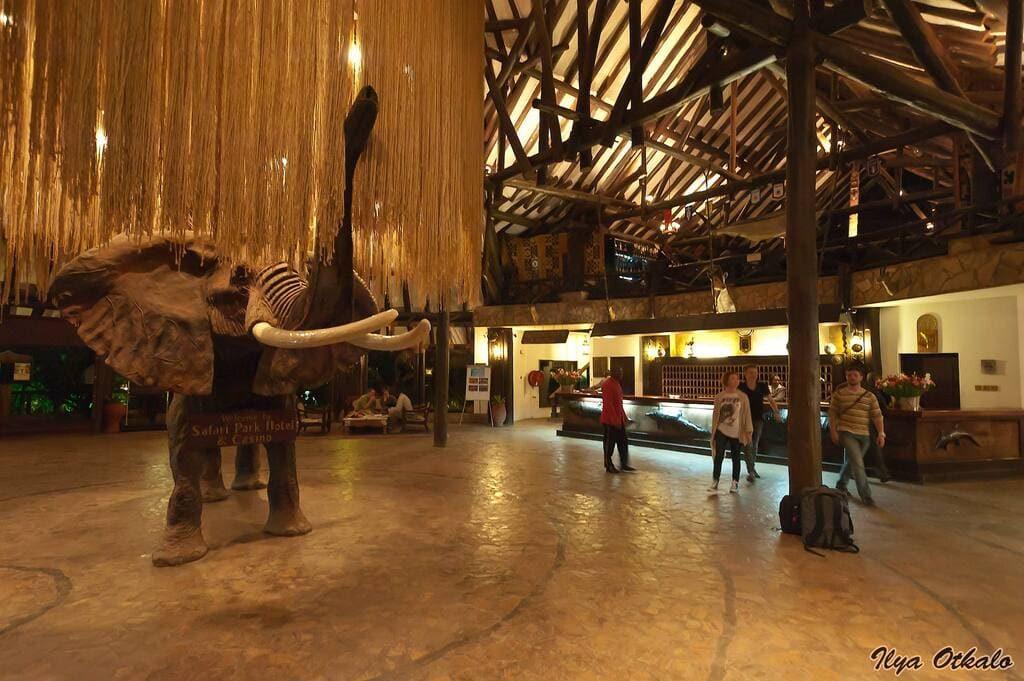 Найроби отель Сафари Парк