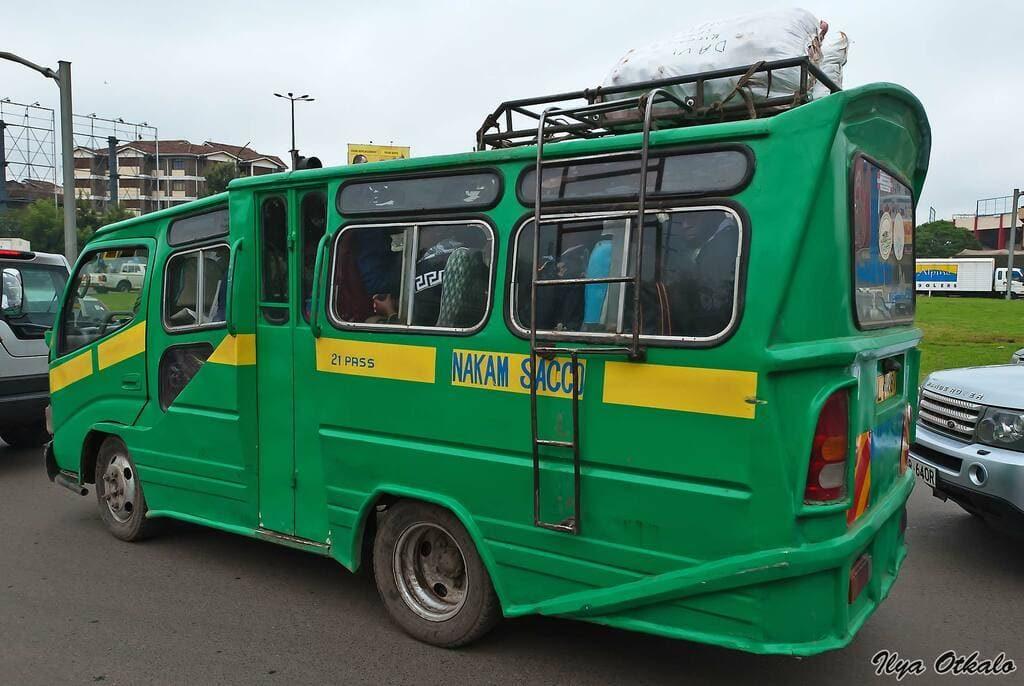 Момбасаобщественный транспорт Матату