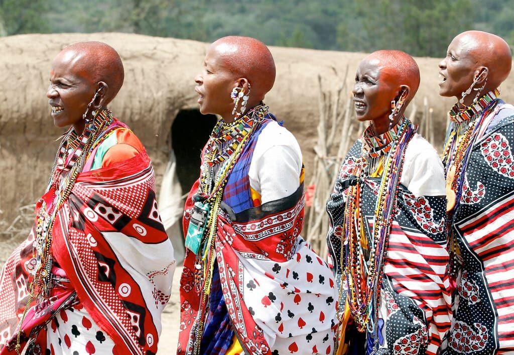Масаи женщины