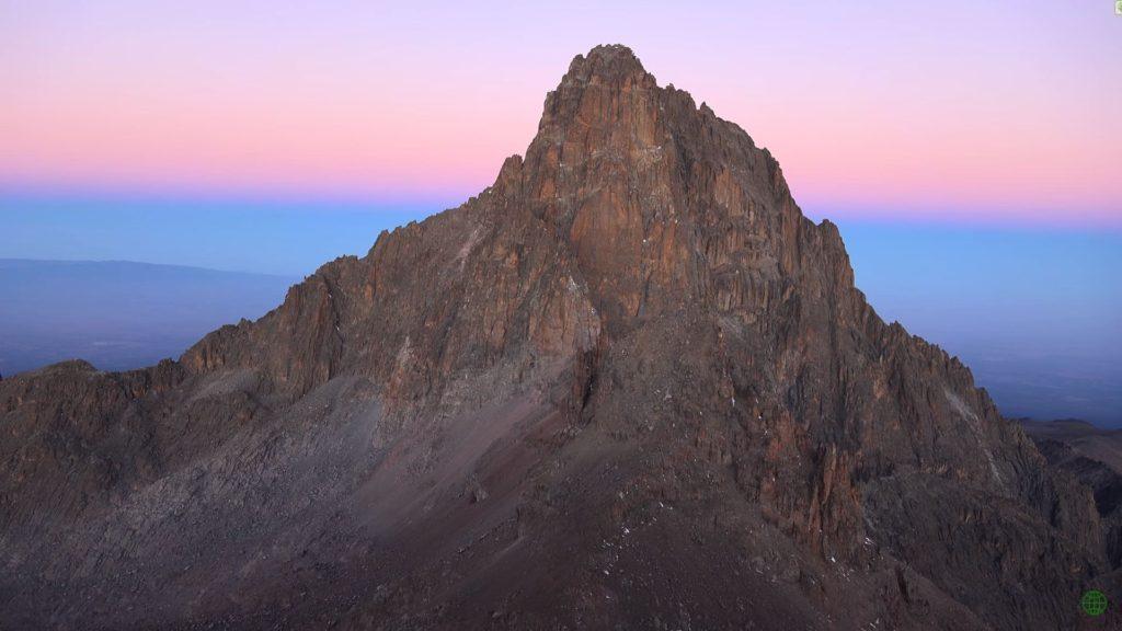 гора Кения в Африке