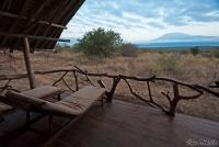 <p>Кения, Амбосели. Сатао Элерай кемп. Место для наблюдения за животными</p>
