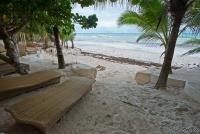 <p>Кения, Диани бич. Пляж отеля Суахили</p>