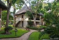 <p>Домики отеля Baobab</p>