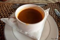 <p>Еда в Кении. Томматный суп</p>