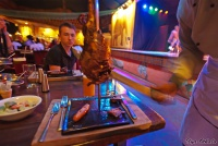 <p>Еда в Кении. Мясо в ресторане Сафари Парк Отеля</p>