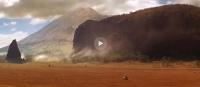 <p>Кадр из фильма: подрисованная Гора Богов в Хеллс Гейт</p>