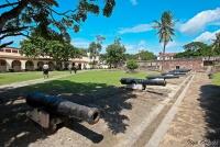 <p>Кения, Момбаса. Пушки форта Иисуса</p>
