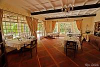 <p>Кения, озеро Найваша. Кангази хаус. Холл</p>