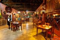 <p>Кения, озеро Накуру. Лейк Накуру Лодж. Ресторан</p>