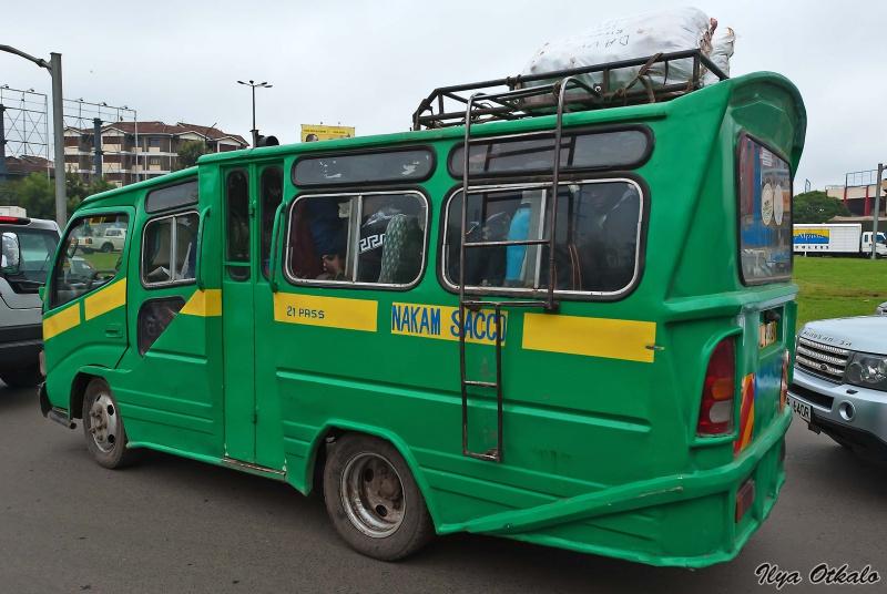 Матату - кенийская маршрутка