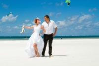 <p>Кения, свадьба на берегу океана. Кайтсерфинг</p>