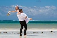 <p>Кения, свадьба на берегу океана. Унесу!</p>