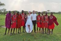 <p>Кения, свадьба по обрядам масаев. Групповое фото</p>