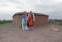 <p>Кения, свадьба по обрядам масаев. Вот нащш дом, будем жить в нем!</p>