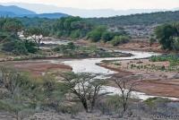 <p>Кения, Национальный парк - заповедник Шаба. Пейзаж с рекой.</p>