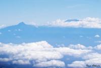 <p>Вид с самолета Найроби-Момбаса на Килиманджаро</p>
