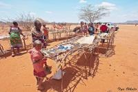 <p>Кения, племя Самбуру. Базарчик.</p>