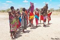 <p>Кения, племя Самбуру. Кто выше прыгнет?</p>