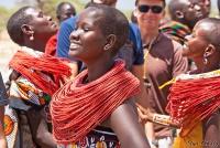 <p>Кения, племя Самбуру. Женский танец.</p>